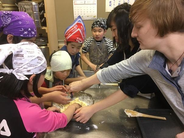クッキーを作ります。